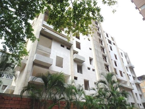 Apartamento En Venta,los Palos Grandes,caracas,mls #16-12032