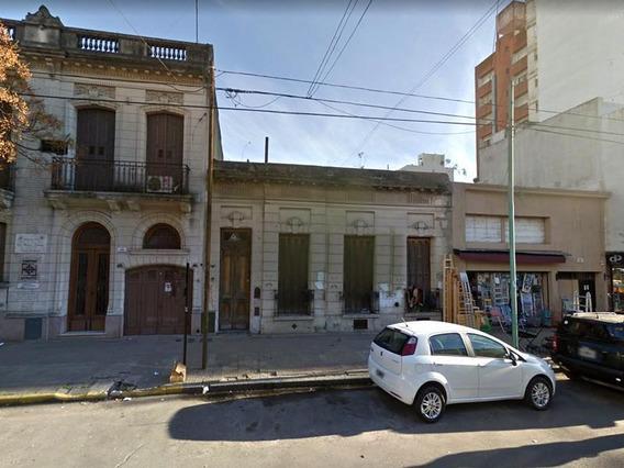 Casa En Alquiler En 4/49 Y 50 La Plata - Alberto Dacal Propiedades