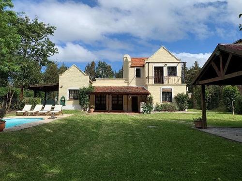 Casa En Venta 3 Dormitorios Punta Del Este Ref 4010