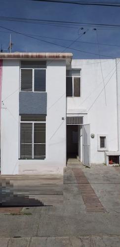 Casa En Venta En La Colonia Ciudad Del Tepeyac Zapopan