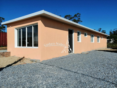 Casas A Estrenar- Ref: 3218