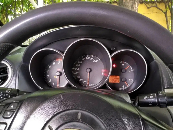 Mazda Sedan 1.6 Mecánico