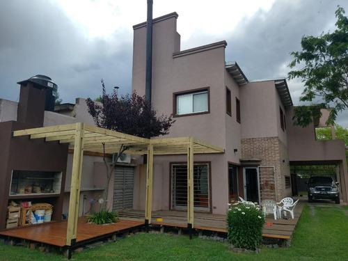 Imagen 1 de 30 de Casa Venta 4 Dormitorios 3 Baños 2 Cocheras-  Terreno 350 Mts 2  - City Bell