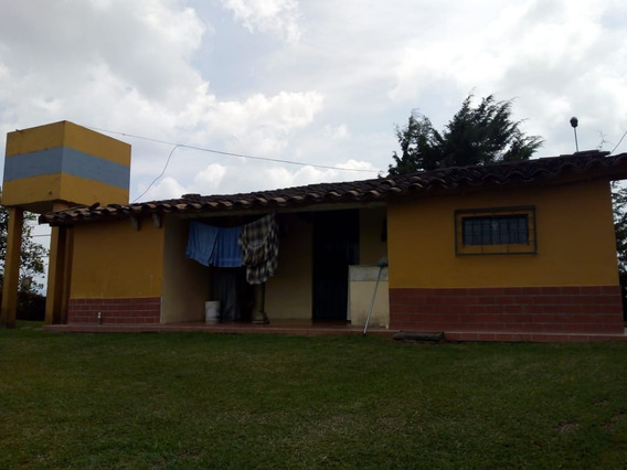 Casa Finca Rionegro 800 Mts 250 Millones