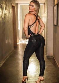 Macacão Longo Feminino Em Malha Preto Pit Bull Jeans
