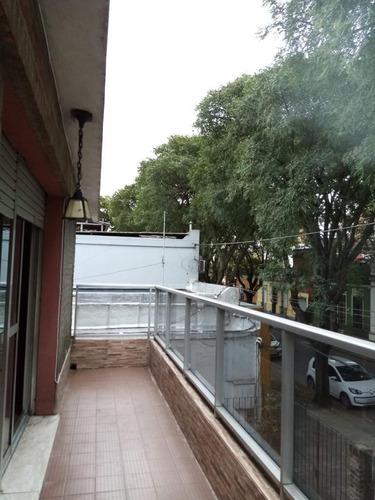 Alquiler Casa 3 Dormitorios, 2 Baños En Brazo Oriental