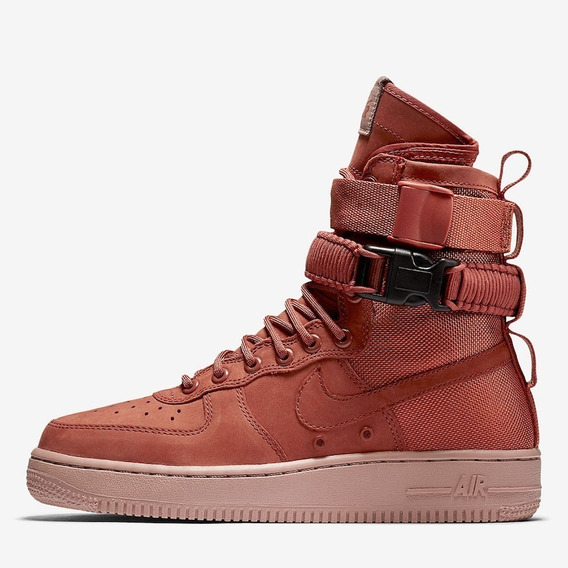 Zapatillas Botitas Nike Wmns Sf Air Force 1 Talle 37.5