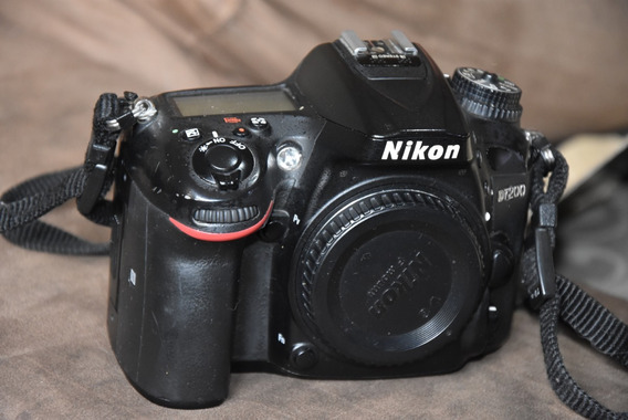 Nikon D7200 Corpo Usada