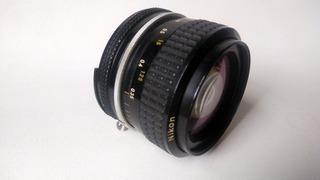 Normal Nikon 50 Mm 1:1.4