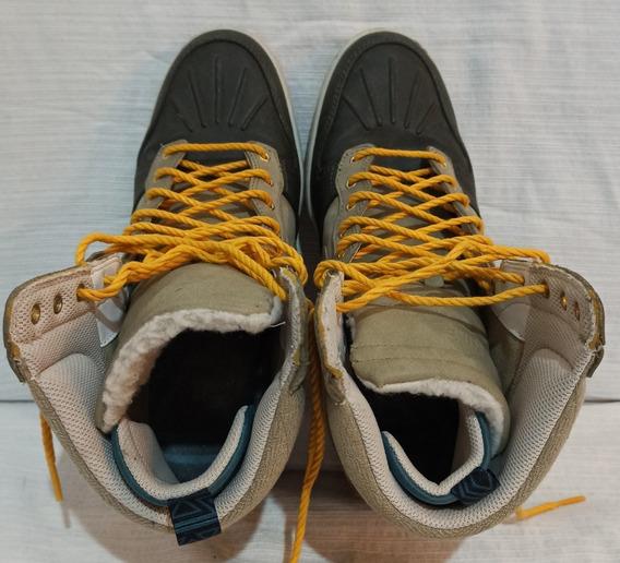 Zapatillas Nike Talle 41. Con Corderito. Solo 1 Uso!!