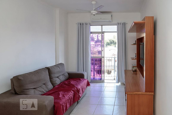 Apartamento No 4º Andar Com 2 Dormitórios E 1 Garagem - Id: 892947684 - 247684