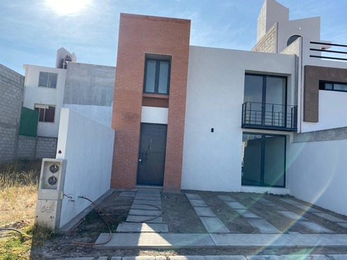 Hermosa Casa Moderna, Cerca De Carr Mexico Pachuca