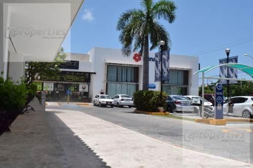 Local Comercial En Renta En Av. La Luna Cancún