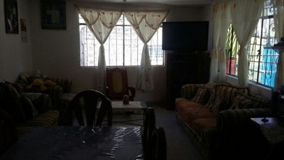 Casa En Tecamac Centro De 4 Recamara Amplia Id 252763