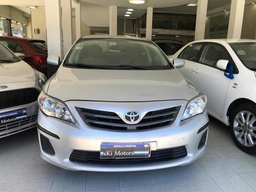 Toyota Corolla  1.8 Xli Mt  2012