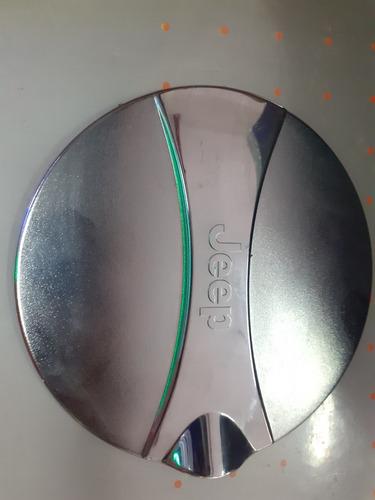 Imagen 1 de 2 de Accesorio Cromado Para Tapa De Combustible