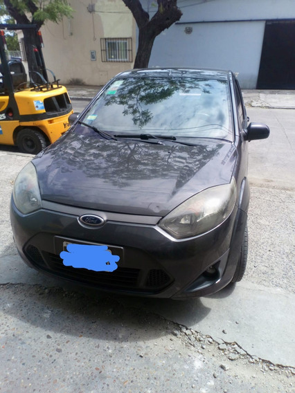 Ford Fiesta Max Base