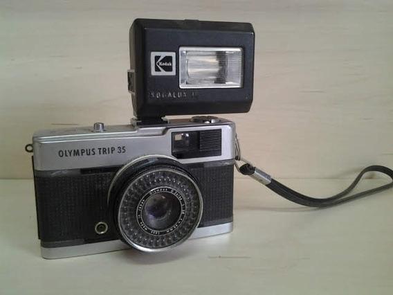 Antiga Camera Máquina Fotográfica Olympus Trip Com Flash Kod