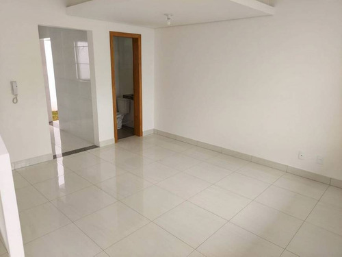 Imagem 1 de 14 de Casa Duplex À Venda, 3 Quartos, 1 Suíte, 1 Vaga, Candelaria - Belo Horizonte/mg - 2729