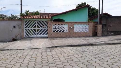 Casa A 600 Metros Do Mar Com 3 Dormitórios Em Itanhaém - 0085-cs