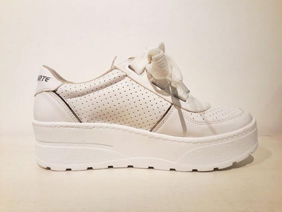 Zapatillas Mujer Blancas Vía Marte Cordones Anchos