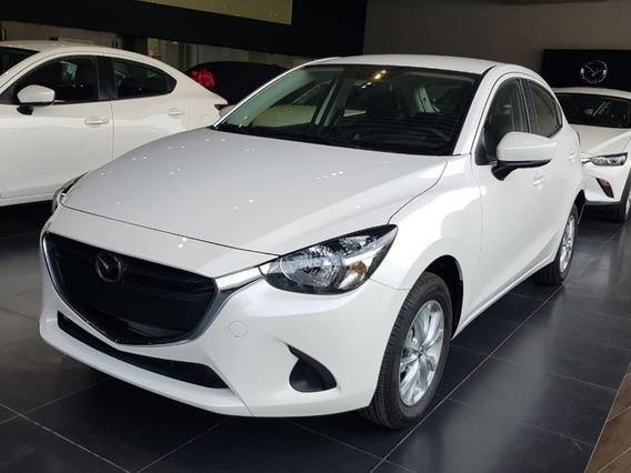 Mazda 2 Sedan Touring Blanco At Cuero 2020