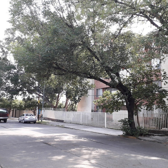 Departamento Remodelado En Venta Jardines Del Bosque