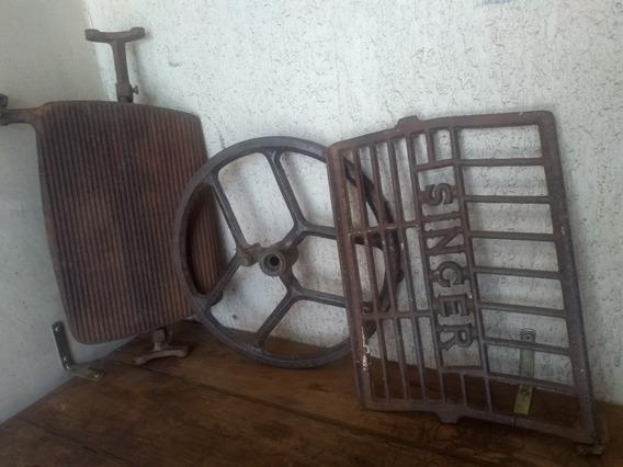 Peças De Pé De Máquina De Costura Antiga