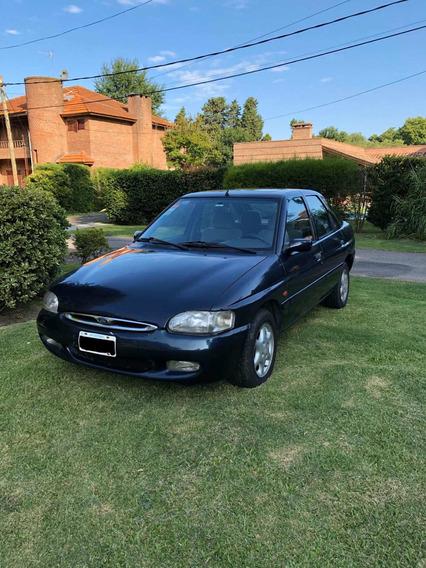 Ford Escort 1.8 Ghia 1999