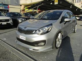 Kia Rio 2012 $ 7500