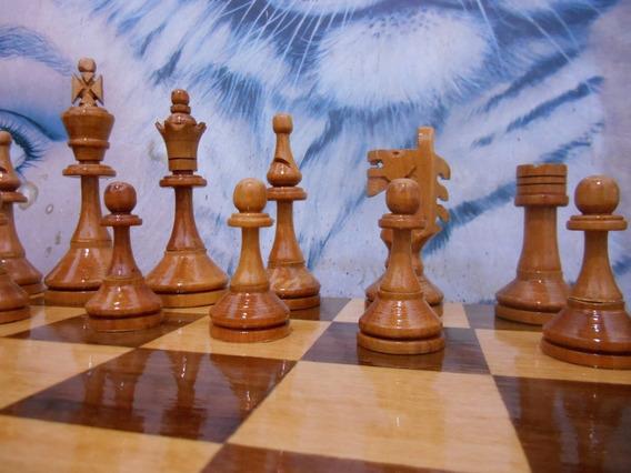 Jogo De Xadrez Rei 12,9 Cm Tabuleiro C 58 Cm Madeira Maciça.
