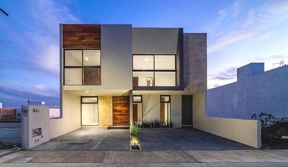 Juriquilla Amplia Casa De 4 Habitaciones Y Jardin