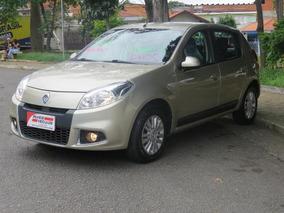 Renault Sandero 1.6 Privilege Flex 4p Automático 2013