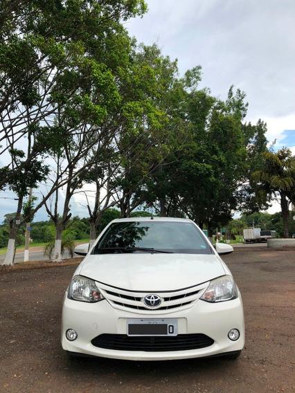 Toyota Etios 1.5 Xs Sedan 2014 Completo
