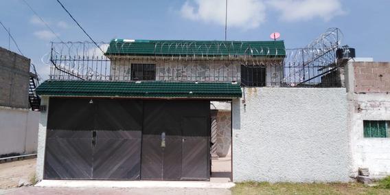 Casa Con 4 Recamaras, Despacho Gimnasio, Cuarto De Lavado