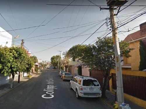 Casa En Naucalpan En Fraccionamiento Boulevares