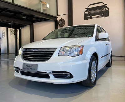 Chrysler Town & Country 2012 3.6 Touring 5p