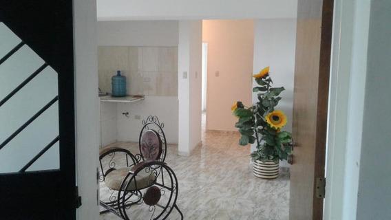 Apartamento En Alquiler San Felipe 20-4704mz