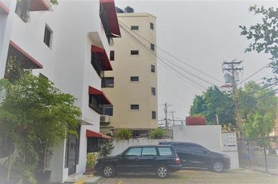 Apartamento En Venta En Evaristo Morales, Santo Domingo