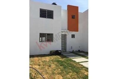 Casa 2 Plantas Excelente Ubicación En Privada Cumbres Del Sol En Pachuca De Soto Hidalgo
