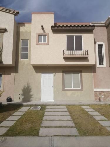 Casa En Venta En Real Toledo, Pachuca, 3 Habitaciones!!!
