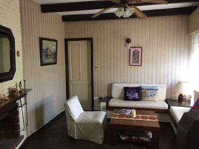 Agradable Casa En Las Toscas Norte Con Apartamento!