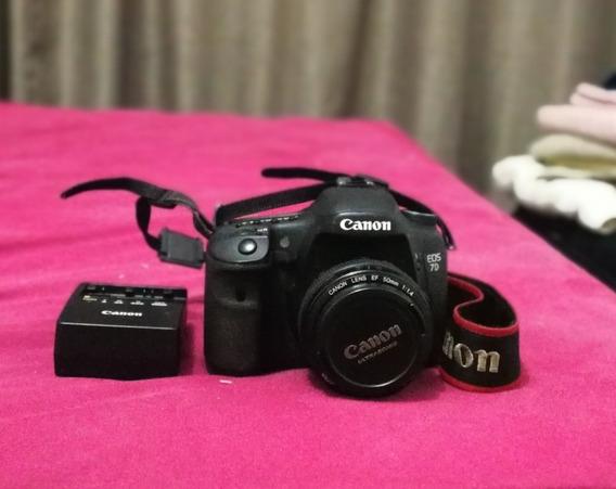 Câmera Digital Canon Eos 7d Com Lente 50 Mm E 2 Cartões 16gb