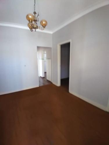 Imagem 1 de 12 de Casa Com 2 Dormitórios À Venda, 170 M² Por R$ 350.000,00 - Vila Capelletto - Itatiba/sp - Ca0724