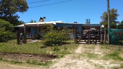 Casa En Venta En Las Toscas Sur.