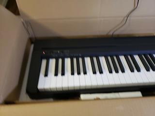 Yamaha P71b 88-key Digital Piano With Power Supply - Black