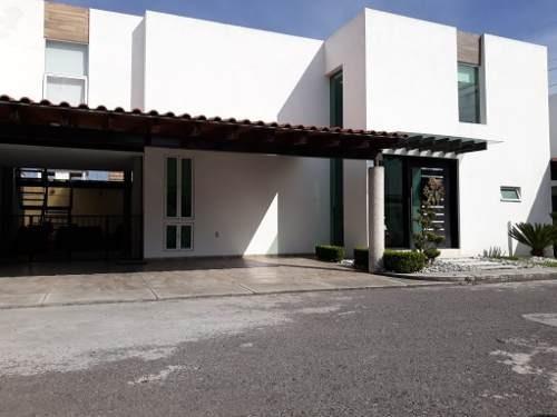 Hermosa Casa En Venta En Residencial Khana, Metepec, Con Excelente Ubicación!!!