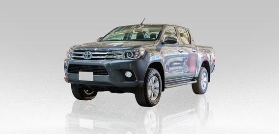 Toyota Hilux Tdi Doble Cabina 2.8l 2020 Gris 4 Puertas