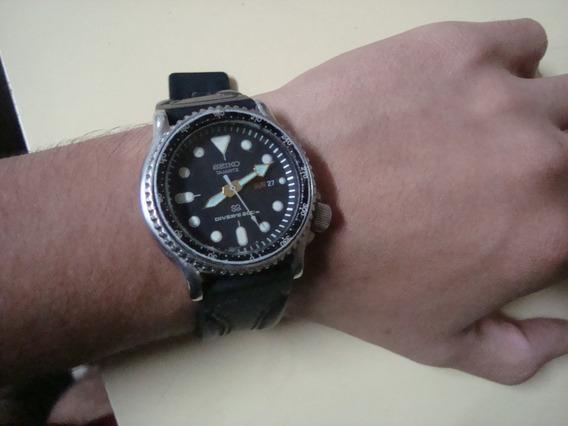 Relógio Seiko Diver´s 200m Quartz, Coroa Rosqueada.