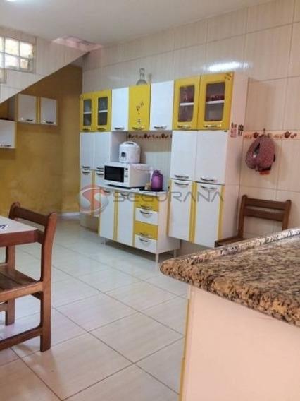 Casa Térrea Com 2 Dorms, 3 Vagas, Na Vila Formosa - 1308